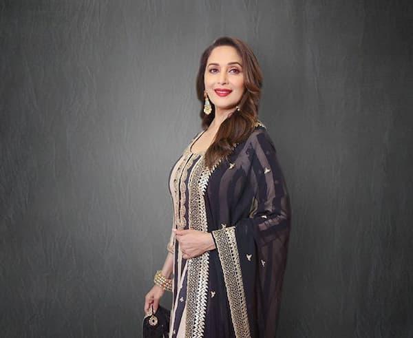 Madhuri Dixit Indian Bollywood Dancer