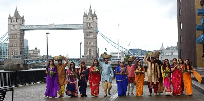 Enterr10 TV Network takes viewers of Bhojpuri Cinema international, celebrates Chhath Puja in London