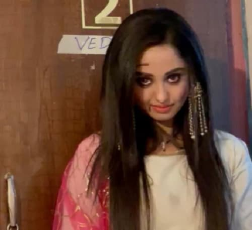 Tina Philip's ghostly act to scare Namish Taneja