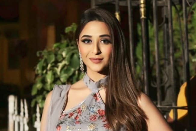 I ensure I don't carry  my onscreen persona beyond set says Ariah Agarwal